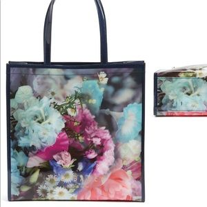'Large Icon - Tapcon Bouquet Tote TED BAKER LONDON
